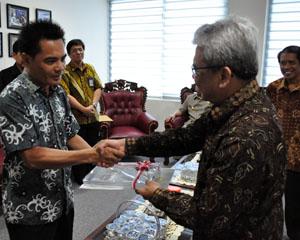 Penyerahan LHP atas LKPD Kabupaten Konawe Utara